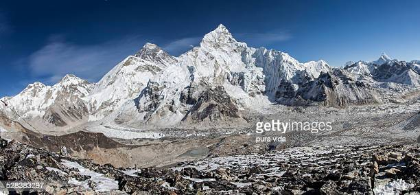 Views of Mount Everest from Kala Patthar