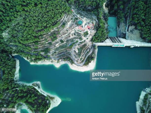 views of reservoir of el castell de guadalest, alicante, spain. drone photo. - alicante fotografías e imágenes de stock