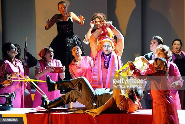 ' Vif succès à l'Opéra du Rhin du 'Bal masqué' de Verdi ' Photo datant du 14 octobre 2008 prise lors de la répétition générale de 'Un ballo in...
