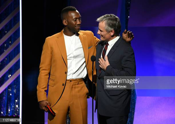 Viggo Mortensen accepts award for Best Actor for 'Green Book' from Mahershala Ali onstage at AARP The Magazine's 18th Annual Movies for Grownups...
