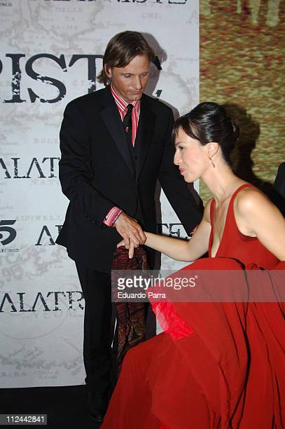 Viggo Mortensen and Ariadna Gil during 'Alatriste' Premiere in Madrid August 31 2006 in Madrid Spain