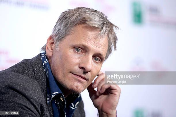 Viggo Mortensen attends a photocall for 'Captain Fantastic' during the 11th Rome Film Festival at Auditorium Parco Della Musica on October 17 2016 in...