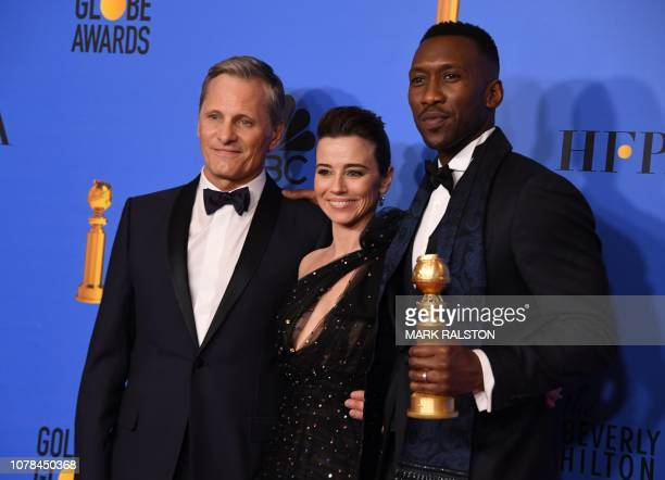 Viggo Mortensen Linda Cardellini and Best Actor n a Supporting Role in any Motion Picture for The Green Book nominee Mahershala Ali pose with the...