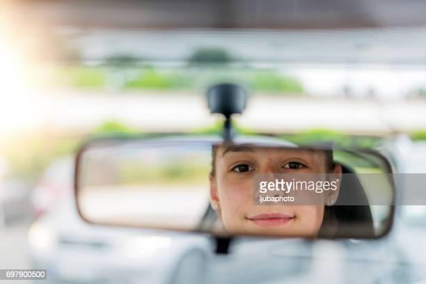 Wachsamkeit hält Sie sicher auf der Straße