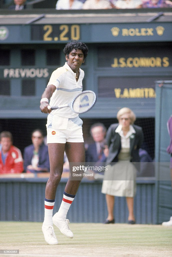 Vijay Amritraj... : News Photo
