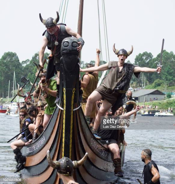 2018 viking landing in catoira (pontevedra - spain) - pontevedra province stock photos and pictures
