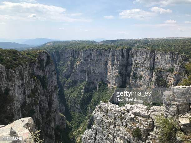 vikos gorge national park in the zagoria region of northern greece - hugh threlfall stock pictures, royalty-free photos & images