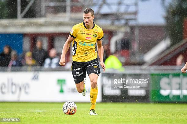 Viktor Claesson of IF Elfsborg running with the ball during the Allsvenskan match between Jonkoping Sodra IF and IF Elfsborg at Stadsparksvallen on...