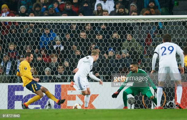 Viktor Fischer of FC Copenhagen scores the 10 goal against Goalkeeper Miguel Angel Moya of Club Atletico de Madrid during the UEFA Europa League...