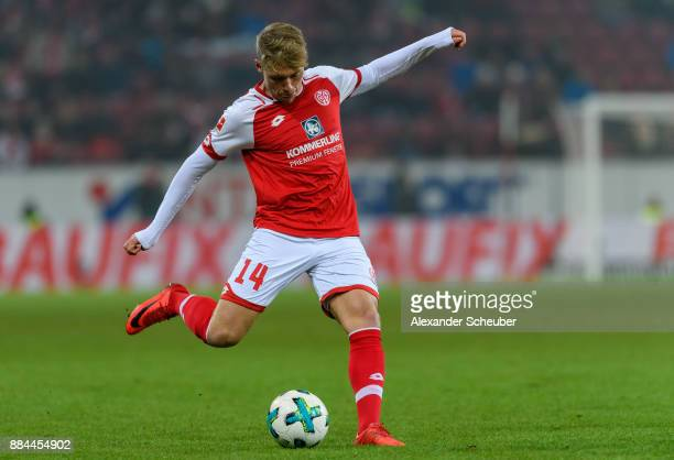 Viktor Fischer of Mainz in action with the ball during the Bundesliga match between 1 FSV Mainz 05 and FC Augsburg at Opel Arena on December 2 2017...