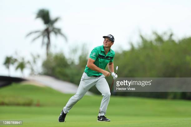 Viktor Hovland of Norway runs to watch his second shot on the 16th hole during the final round of the Mayakoba Golf Classic at El Camaleón Golf Club...