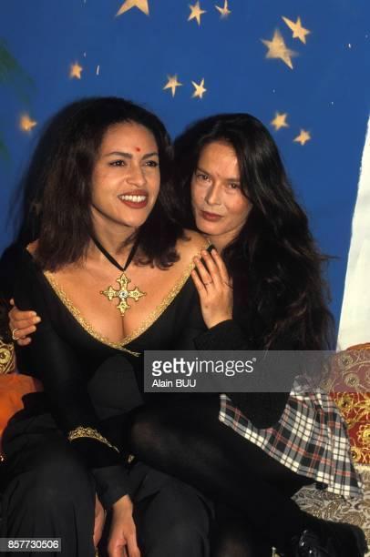 Viktor Lazlo et Bambou a la soiree orientale organise au club Les Bains le 16 decembre 1993 a Paris France