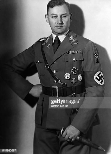 Viktor Lutze*28121890Politiker NSDAP DStabschef der SA 193443Portrait undatiert vermutlich 1934veröffentlicht Nr 28/1934Foto Binder