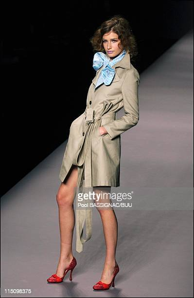 Viktor & Rolf spring-summer 2004 ready-to-wear collection in Paris, France on October 11, 2003.