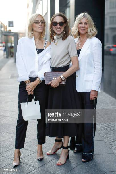 Viktoria Rader Annette Weber and Micaela Sabatier during the Strenesse exclusive dinner at Borchardt Restaurant on July 5 2018 in Berlin Germany