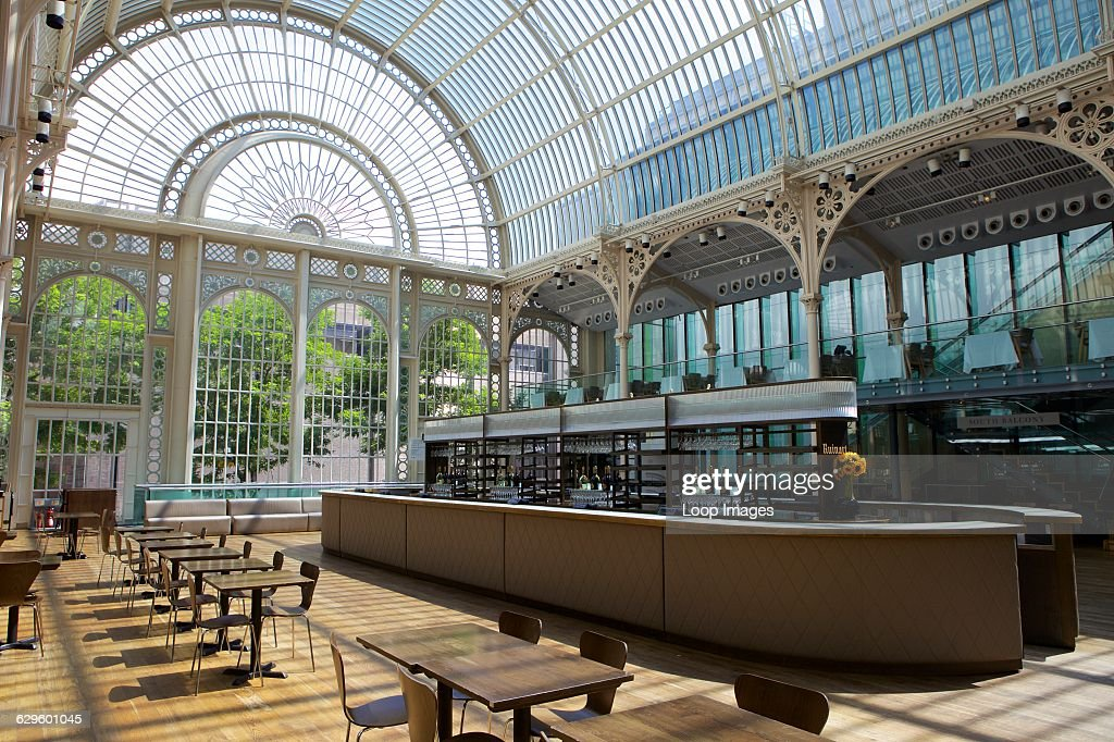 Vilar Floral Hall Royal Opera House in Covent Garden. : News Photo