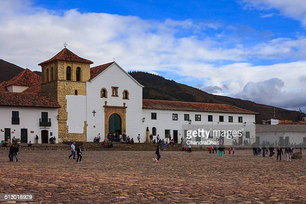villa de leyva, colombia: 16th century church during golden hour - cafe de colombia stock pictures, royalty-free photos & images