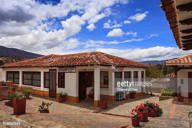 villa de leyva, colombia-moniquirá museo el fósil - villa de leyva fotografías e imágenes de stock