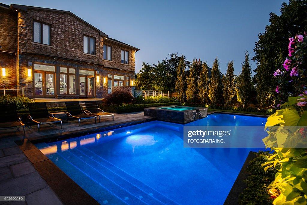 Villa De Toronto Exterior : Stock Photo
