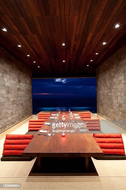 villa dining room luxury