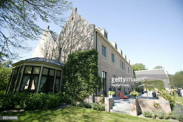 https://media.gettyimages.com/photos/villa-eikenhorst-the-residence-of-dutch-crown-prince-willemalexander-picture-id53249399?s=612x612