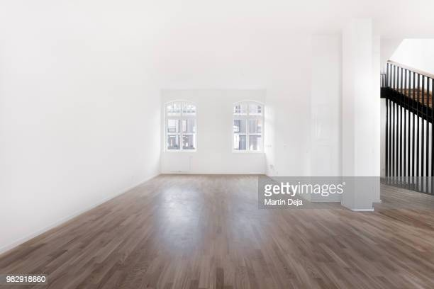 villa interior hdr - wooden floor stock pictures, royalty-free photos & images