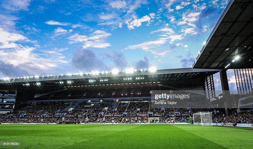 Aston Villa v Newcastle United - Sky Bet Championship : Fotografía de noticias