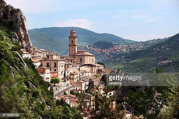 ヴィラサンタマリア - アブルッツォ州 ストックフォトと画像