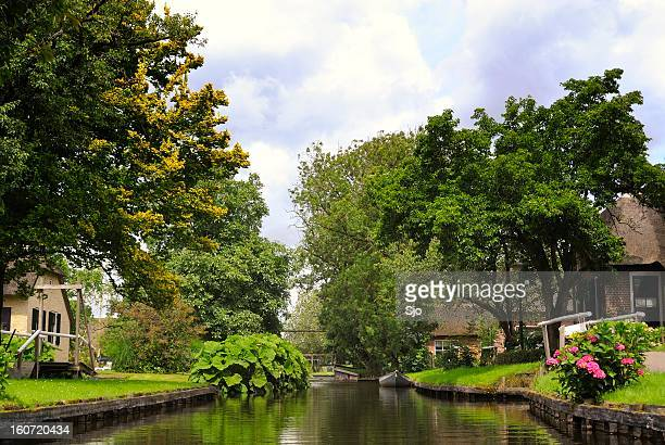 village canal - giethoorn stock pictures, royalty-free photos & images