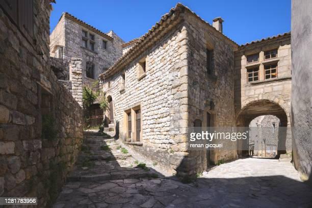village de provence - アルプドオートプロバンス県 ストックフォトと画像