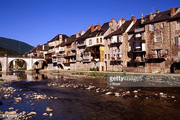 village in france - aveyron stock pictures, royalty-free photos & images