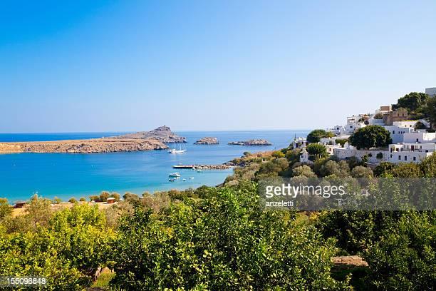 village in greece - lindos stockfoto's en -beelden