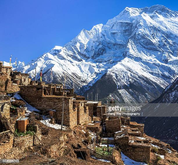 village in himalayas, annapurna circuit, nepal - annapurna conservation area stock photos and pictures
