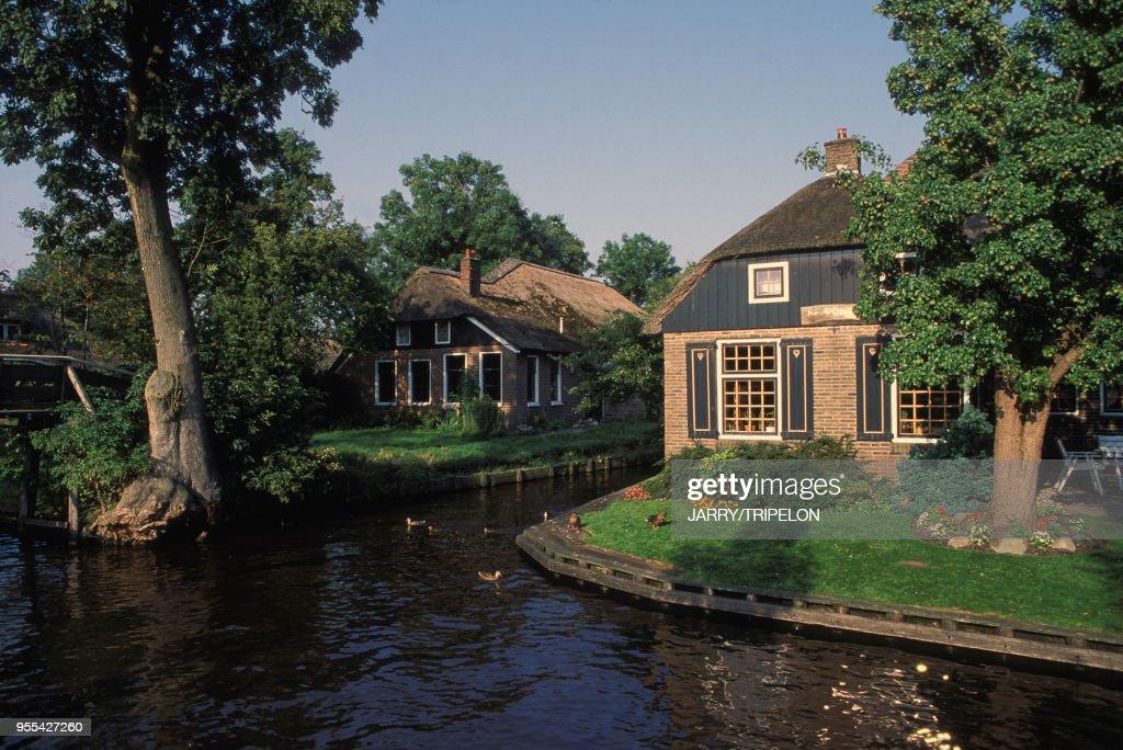 Village lacustre de Giethoorn : News Photo