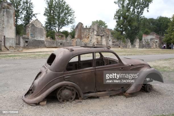 Village martyr le 14 aout 2006 a Oradour sur Glane France La population d'OradourSurGlane ra ete massacre par la division SS Das Reich le 10 juin...