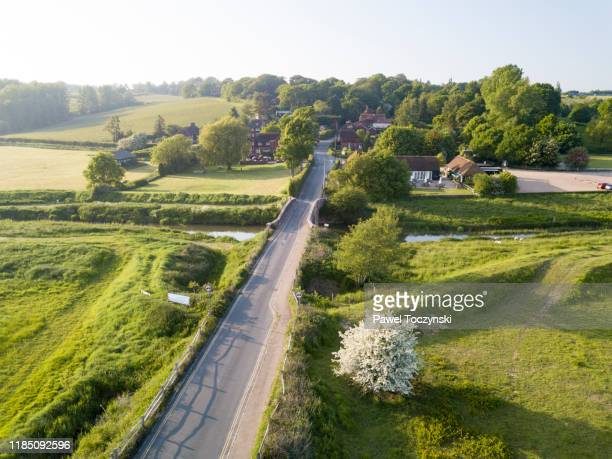 village of bodiam housing a 14th-century moated castle, east sussex, england, 2018 - greater london stock pictures, royalty-free photos & images