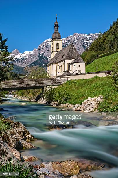village of ramsau with a view to st. sebastian church, bavaria, germany - berchtesgaden national park stock photos and pictures