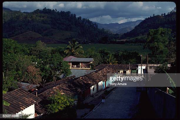 village of santa rosa de copan, honduras - américa central fotografías e imágenes de stock