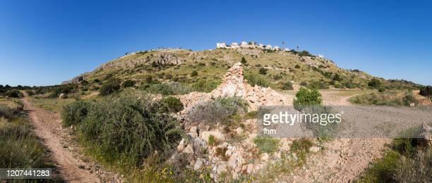 village on a mountain (monte y mar, spain) - spanien - fotografias e filmes do acervo
