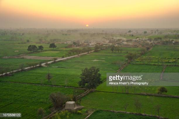 village sunset - punjabe - fotografias e filmes do acervo
