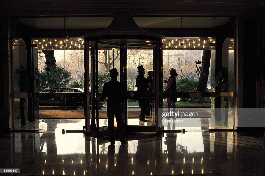 Villamagna hotel madrid entrance hall to the villamagna - Villamagna hotel madrid ...