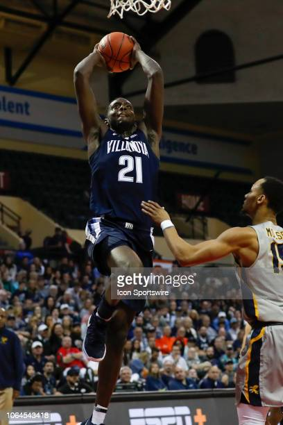 Villanova Wildcats forward Dhamir CosbyRoundtree goes up for a dunk during the 2018 AdvoCare Invitational mens college basketball game between the...