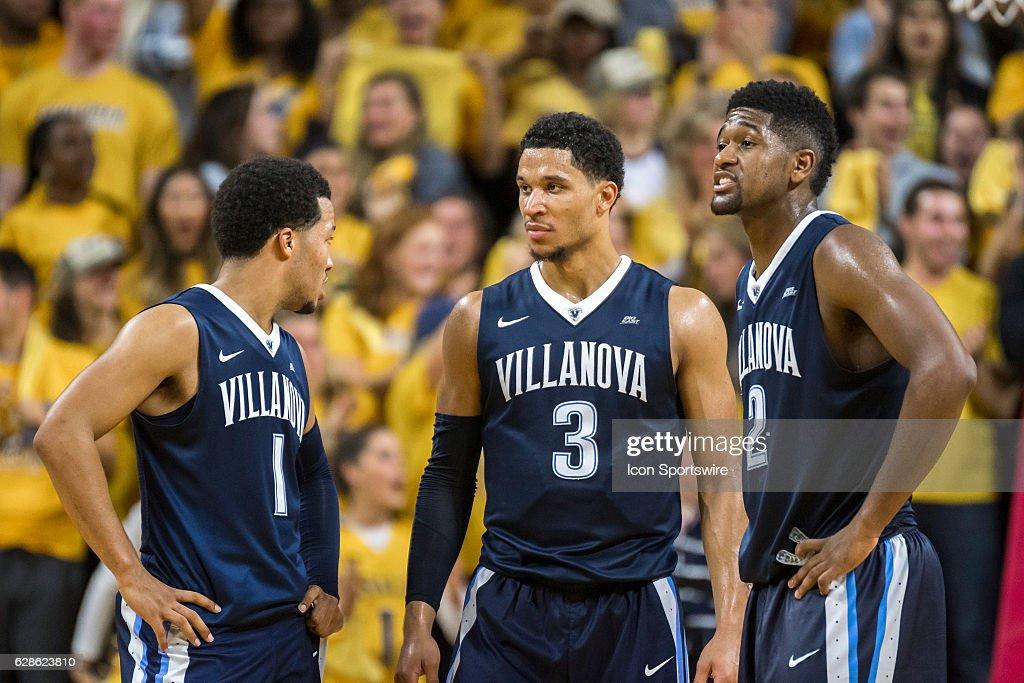 NCAA BASKETBALL: DEC 06 Villanova at La Salle : News Photo