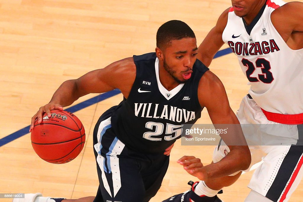 Villanova Wildcats guard Mikal Bridges (25) during the first half of the Jimmy V Classic College Basketball game between the Villanova Wildcats and the Gonzaga Bulldogs on December 5, 2017, at Madison Square Garden in New York, NY.