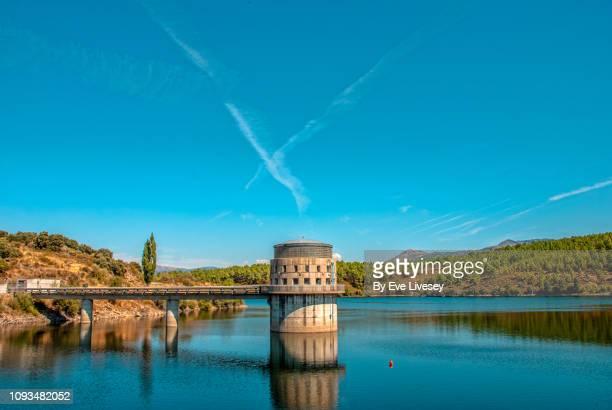villar dam - reservoir stock pictures, royalty-free photos & images