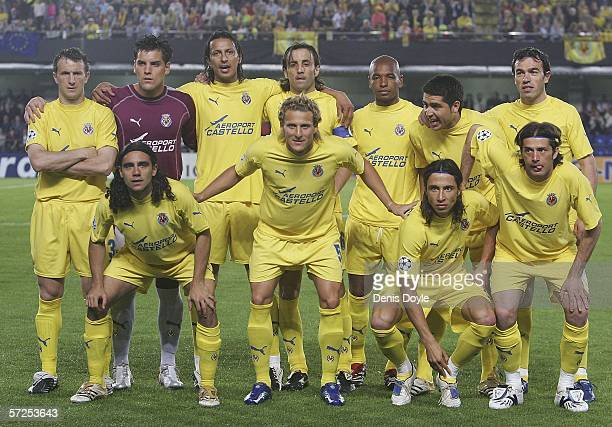 Villarreal players line-up before the UEFA Champions League Quarter Final Second Leg match between Villarreal and Inter Milan at the Madrigal stadium...