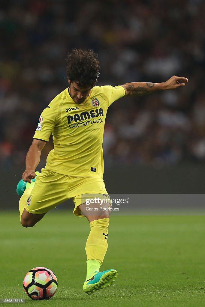Villarreal's Brazilian forward Pato during the match between FC Porto v Villarreal CF friendly match at Estadio do Dragao on August 6, 2016 in Porto, Portugal.
