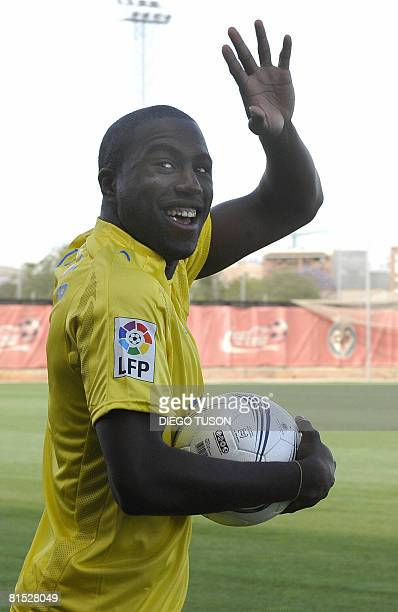 Villarreal's new US signing Jozy Altidore poses during his official presentation at the Madrigal Stadium in Villarreal on June 11 2008 AFP...
