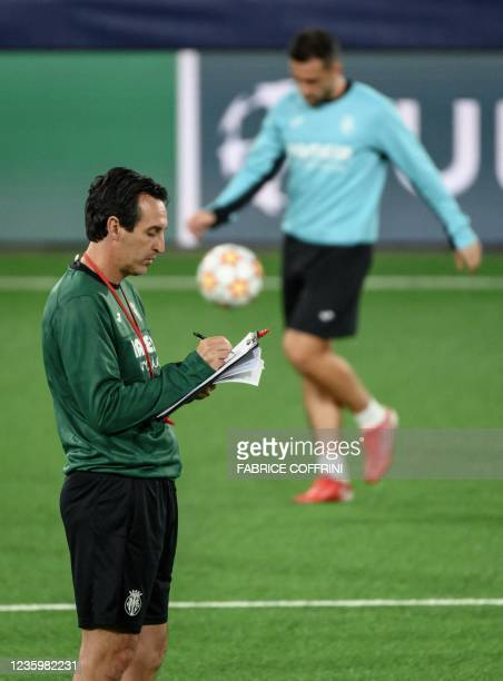Villarreal's Spanish coach Unai Emery attends a training session on the eve of the UEFA Champions League group F football match between Young Boys...