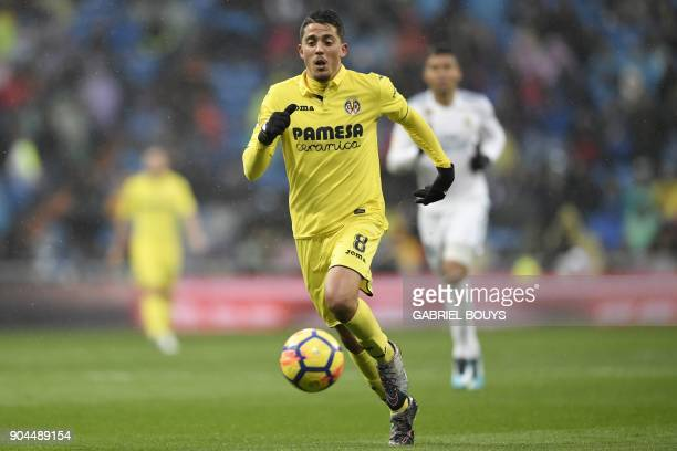 Villarreal's Spanish midfielder Pablo Fornals controls the ball during the Spanish league football match between Real Madrid and Villarreal at the...